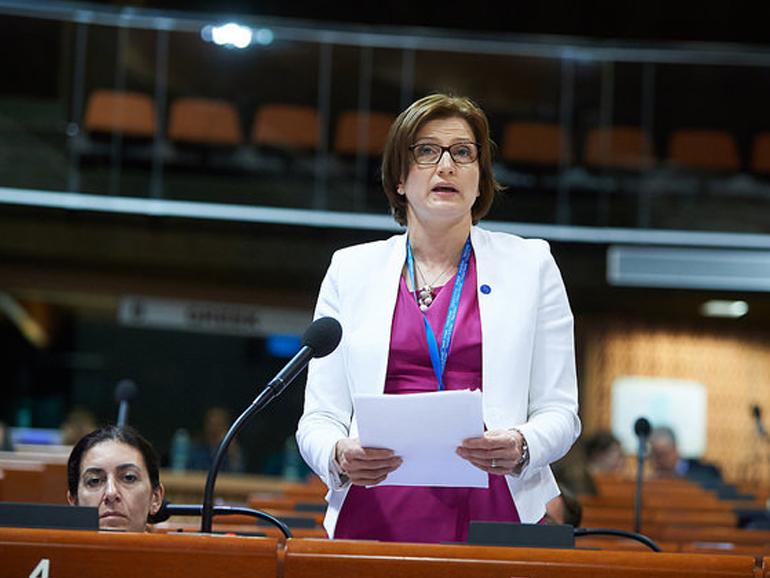 L'APCE FAIT APPEL AU 'COURAGE POLITIQUE' DANS L'INTÉGRATION DES RÉFUGIÉS