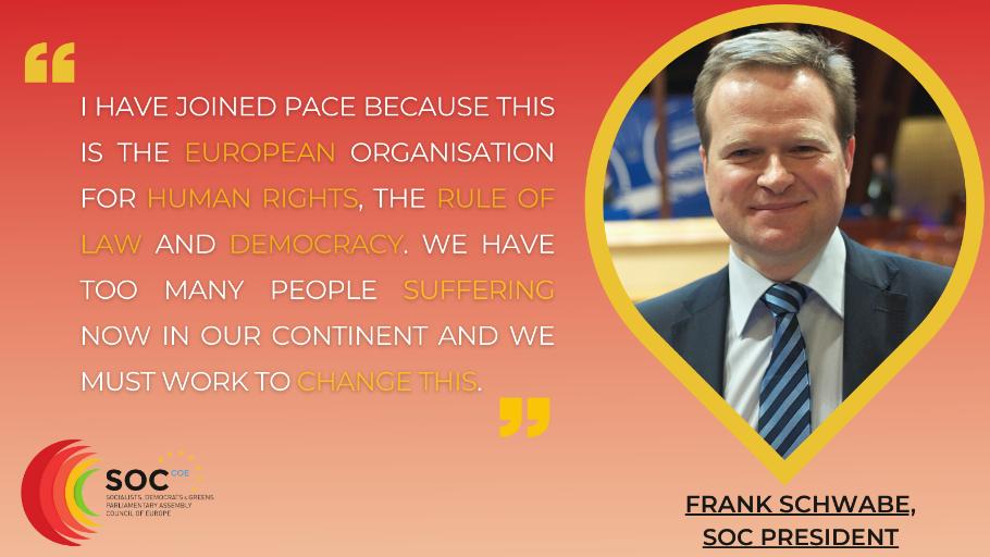 Le Secrétariat du Groupe des Socialistes, démocrates et Vert.e.s a eu un entretien avec le Président, Frank Schwabe, sur ce que cela signifie pour lui de faire partie de l'Assemblée Parlementaire du Conseil de l'Europe et sur ce qu'il fait pour défendre les droits de l'homme, l'État de droit et les valeurs démocratiques au niveau européen.